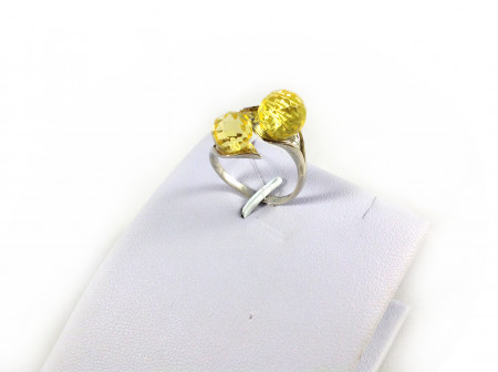 ADJUSTABLE SILVER RING WITH TWO FACETED AMBER BEADS