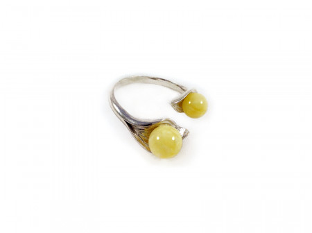 ADJUSTABLE SILVER RING WITH TWO WHITE AMBER BEADS