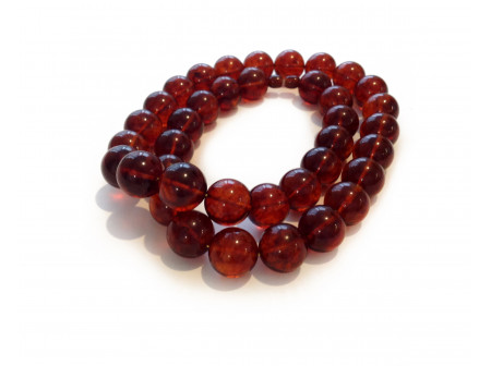 Cherry Amber Necklace: Beads 17mm