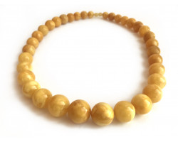 Necklace With Pressed Amber Beads: 12mm - 19mm