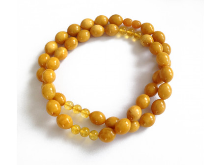 Necklace With  Amber Beads: Antique Color