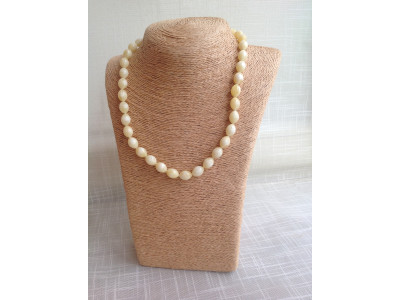 Necklace With Pressed White Amber Beads