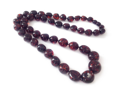 """Amber Necklace: Color """"Cherry"""""""
