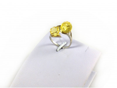Adjustable Size Ring With Faceted Amber Beads