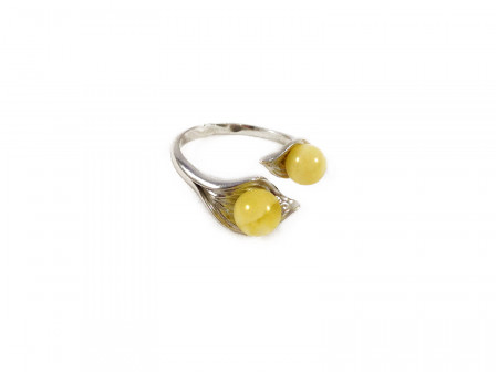 ADJUSTABLE SILVER RING WITH TWO AMBER BEADS