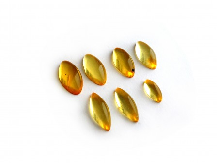 Set of 7 Transparent Amber Cabochons